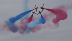 Red Arrows - Close flying (flamesworddragon) Tags: airshow redarrows fairford riat royalinternationalairtattoo