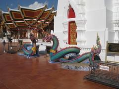 Wat Prathat, Sakon Nakhon (nakhon100) Tags: thailand wat nakhon sakonnakhon sakon prathat