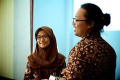IMG_1453 (Alazhaarp) Tags: smile happy student hijab teacher yogyakarta journalism kota senyum batik smp pelajar jilbab kerudung pelatihan perpustakaan jurnalistik