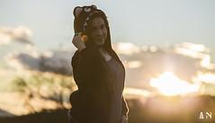 Miss sunset (Tonyeme) Tags: she light sunset cloud sun mountain cold tree love girl field lady landscape arbol outside atardecer person persona photography photo hoodie girlfriend foto photographer chica exterior dragon wind cloudy gorro body amor ella tshirt paisaje viento her campo sweatshirt fotografia miss montaña camiseta ocaso brilliant frio nube señorita fotografo cuerpo