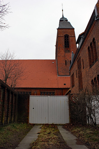 "Petruskirche Kiel 13 • <a style=""font-size:0.8em;"" href=""http://www.flickr.com/photos/69570948@N04/16117573334/"" target=""_blank"">Auf Flickr ansehen</a>"