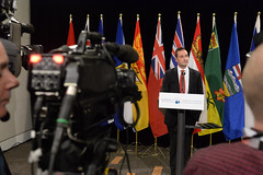 Premier Ghiz speaks to the media / le premier ministre Ghiz parle aux médias