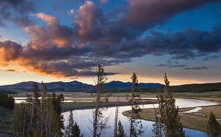Last light on the Hayden Valley, Yellowstone National Park ( View Large! )