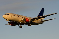 SAS, Boeing 737-7BX, SE-RES (jan.valtr97) Tags: sunset london beauty plane heathrow aircraft aviation landing airbus boeing sunst lhr egll hetahrow