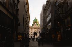 Hofburg (palomo834) Tags: hofburg vienna viena wien austria europe europa street photo shadows buildings