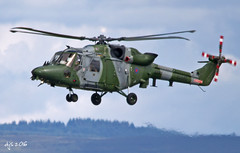 Lynx Arrival (Wipeout Dave) Tags: aircraft aviation helicopter rotary aac militaryaircraft armyaircorps rafleeming lynxah9 wipeoutdave canoneos1100d zg885 jadedthunder davidsnowdonphotography djs2016