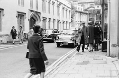 20160605_Endeavour4_Turl_M2_FP4-400_Xtol_013A_web (Bossnas) Tags: 2016 bw endeavour film filming fp4 ilford iso400 leica m2 oxford pakon turlst voigtlander xtol
