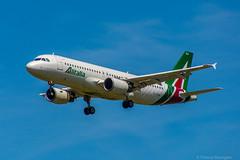 [CDG] Alitalia Airbus A320-216 _ EI-DSA (thibou1) Tags: airplane nikon aircraft sigma airbus palermo tamron spotting alitalia a320 cdg lfpg d7100 a320216 eidsa thierrybourgain