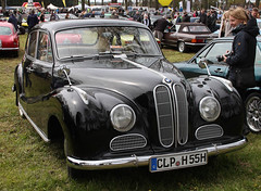 Barockengel (The Rubberbandman) Tags: auto black classic beauty car angel sedan vintage germany nice outdoor german bmw vehicle engel baroque saloon barock beemer fahrzeug 501 bimmer bruchhausen barockengel vilsen