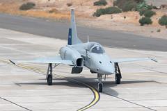 813_F-5ETigerIII_ChileanAF_SCL_Img03 (Tony Osborne - Rotorfocus) Tags: chilean air force chile fach fidae airshow santiago 2016 northrop f5 f5e tiger iii