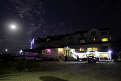 Gracellie Hotel (Inner Vision Productions) Tags: gracellie mayfair shanklin isleofwight full moon hotel hope road night long exposure vision inner mattblythe lights cloud street colorful beautiful nikon d5200