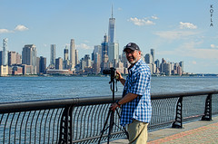 Selfie - Manhattan Skyline (Kofla Olivieri) Tags: hoboken newjersey nyc manhattan koflaolivieri nikond7000 downtown oneworldtradecenter freedomtower adobephotoshopelements topazadjust waterfront walkway boardwalk