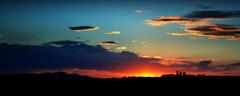A silueta do Jarau (Eduardo Amorim) Tags: campo field champ auffangen cielo céu sky nuvens nubes clouds nuages jarau cerrodojarau quaraí pampa campanha fronteira riograndedosul brasil brazil brésil sudamérica südamerika suramérica américadosul southamerica amériquedusud americameridionale américadelsur americadelsud eduardoamorim cerros montanhas montañas mountains montagne pôrdosol poente entardecer poniente atardecer sunset tramonto sonnenuntergang coucherdesoleil crepúsculo anoitecer