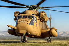 Grasshopper Wheelie ;-)  Nir Ben-Yosef (xnir) (xnir) Tags: sikorsky helicopter aviation rotor nir xnir nirbenyosef ch53