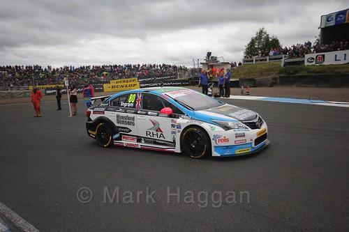 Tom Ingram on the grid during the BTCC Knockhill Weekend 2016