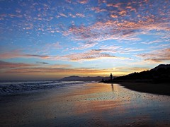 La orilla (Antonio Chacon) Tags: andalucia atardecer costadelsol cielo marbella mlaga mar mediterrneo espaa spain sunset beach