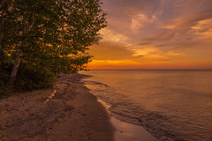 Golden Horizons (eahackne) Tags: sunset mclainstatepark lakesuperior upperpeninsula keweenawpeninsula