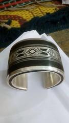 IMG_0345 (Tuareg Jewelry) Tags: tuareg jewelry jewellery finesilver silver ebony bracelets tuaregjewelry tuaregjewellery