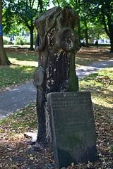 Grabstein 002 (michael.schoof) Tags: friedhof grabmal