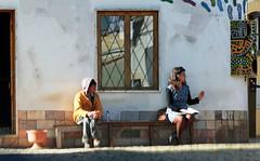 La Belle et la Bte (hans pohl) Tags: streets portugal cities algarve rues villes