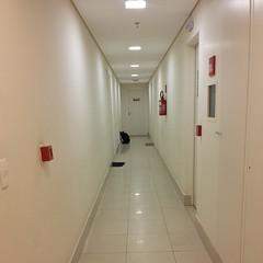 Esperando aquela última porta se abrir