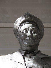 Ralph Kramden in Shadow 6593 (Brechtbug) Tags: new york city winter holiday cold bus weather statue bronze port lunch is jackie uniform day authority tie sunny front terminal an midtown his while chilly jolly february gleason ralph stands drivers straightening pail clutching clad manhattans honeymooners 2015 kramden eightfoottall kramdon 02052015