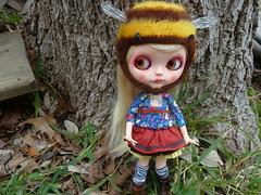 I'm a bee! (jilly bean2013) Tags: squeakymonkey maudib05 aliceblice cocomicci
