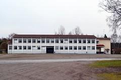 Vuorentaka school (Hmeenlinna, 20111112) (RainoL) Tags: november school autumn building eh buildings finland geotagged fin hmeenlinna 2011 hme tavastehus vuorentaka kantahme 201111 etelhme 20111112 tavastland geo:lat=6100240400 geo:lon=2438920600