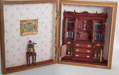 Study in a sewing box dollhouse miniatures 1:12 (Karin Riper) Tags: miniatures display scene study karin setting 112 dollhouse vignet glasscraft roombox riper karinriper elsekeuker