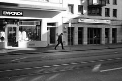 EMPORION (gato-gato-gato) Tags: street leica bw white black classic film blanco monochrome analog 35mm person schweiz switzerland flickr noir suisse strasse zurich negro streetphotography pedestrian rangefinder human streetphoto manual monochrom zrich svizzera weiss zuerich blanc m6 manualfocus analogphotography schwarz ch wetzlar onthestreets passant mensch sviss leicam6 zwitserland isvire zurigo filmphotography streetphotographer homedeveloped fussgnger manualmode zueri strase filmisnotdead streetpic messsucher manuellerfokus gatogatogato fusgnger leicasummiluxm35mmf14 gatogatogatoch wwwgatogatogatoch streettogs believeinfilm tobiasgaulkech