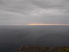 Mitternacht! (schremser) Tags: norwegen lappland nordkapp nordkappinsel himmel wolken mitternacht