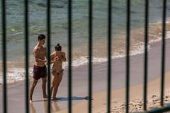 Hold'em...hold'em (Flavio~) Tags: beach hofhatzuk sand summer sun telaviv