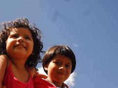 SAM_1601 (H Jhon Daz (Nacho)) Tags: familia azul de rojo primos cielo infancia nio niez inf blancos sonrisas balace