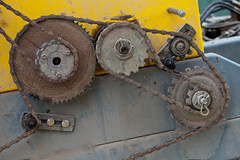130331_218.jpg (dhendo) Tags: chain cogs machinery farm