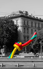 Nodo, Piazza Cadorna, Milan (simy_sun) Tags: milan italy streetphotography art sculpture fashion selective color coloring lightroom adobe