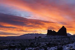 A New Day Roars (Alfred J. Lockwood Photography) Tags: alfredjlockwood nature landscape dawn sunrise sky clouds archesnationalpark nationalpark snow winter lasalmountains zeiss