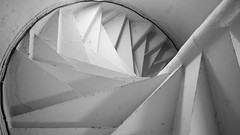 funny stairs (pix-4-2-day) Tags: stairs spiral staircase wendeltreppe untersicht schwarzweis black white bw monochrome cardiff castle steps stufen pix42day stairway