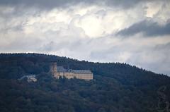 Kloster Banz, Scheßlitz, Franken (sven_breitkopf) Tags: canon eos m3 tele telezoom bamberg franken bayern europe germany deutschland 55250mm kloster architecture forest hills autumn fall