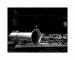 4-sax on piano (Roberto Gramignoli) Tags: blackandwite bw musica music jazz piano saxofono sax pianoforte strumentimusicali saxophone musicinstruments