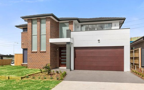 31 Mary Wade Pl, Carnes Hill NSW 2171