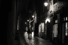 Rouen (max pincet) Tags: saint lanterne pluie ombre rouen ruelle rue et blanc romain noire cathdralederouen
