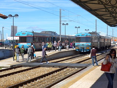 Faro Algarve Portugal 27th February 2015 (loose_grip_99) Tags: railroad portugal station train faro diesel rail railway trains multiple algarve february cp railways unit comboios 2015 dmu
