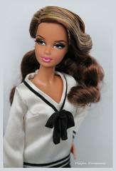 Steffie (Hiljan Kuvaamo) Tags: mattelbarbie barbielook barbiemodelmuse barbiesteffie cityshinegold