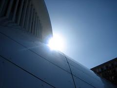 Sun over Philharmonie Luxembourg (nudelbach) Tags: blue sky sun white building himmel bluesky blau luxembourg sonne gebude blauerhimmel luxemburg philharmonie weis philharmonieluxembourg
