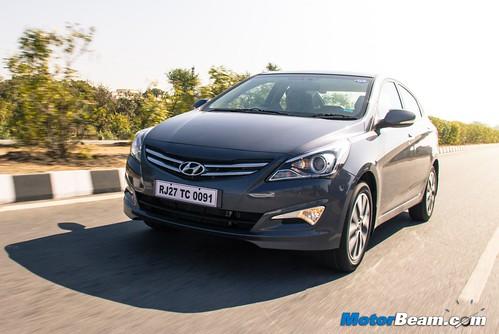 2015-Hyundai-Verna-09