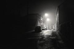 Brume de nuit au Crotoy (Max Sat) Tags: brouillard brume fuji fujix100s lampadaire lecrotoy maxsat maxwellsaturnin mist rue street x100 unexplored