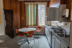 HDR-0304-08 (AntonyCASAFilms) Tags: house abandoned belgium villa mansion dentist maison derelict ue urbex maisonducerf