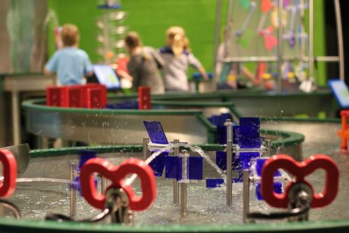 2013-05-14: barn tester vannfallet