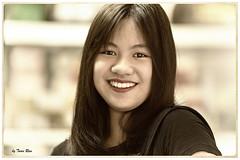 SHF_1990_Portrait (Tuan Ru) Tags: 1dmarkiii 14mm 100mm 135mm 1d 1dx 2016 2470mm 50mm 70200mm canon canon1d canoneos1dmarkiii canoneos1dx chndung portrait hanoi lnng smiling women girl beautiful tuanrau tuan ru