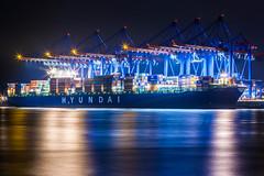 blautöne (Fotos aus OWL) Tags: hamburg hafen cta altenwerter container ship schiff